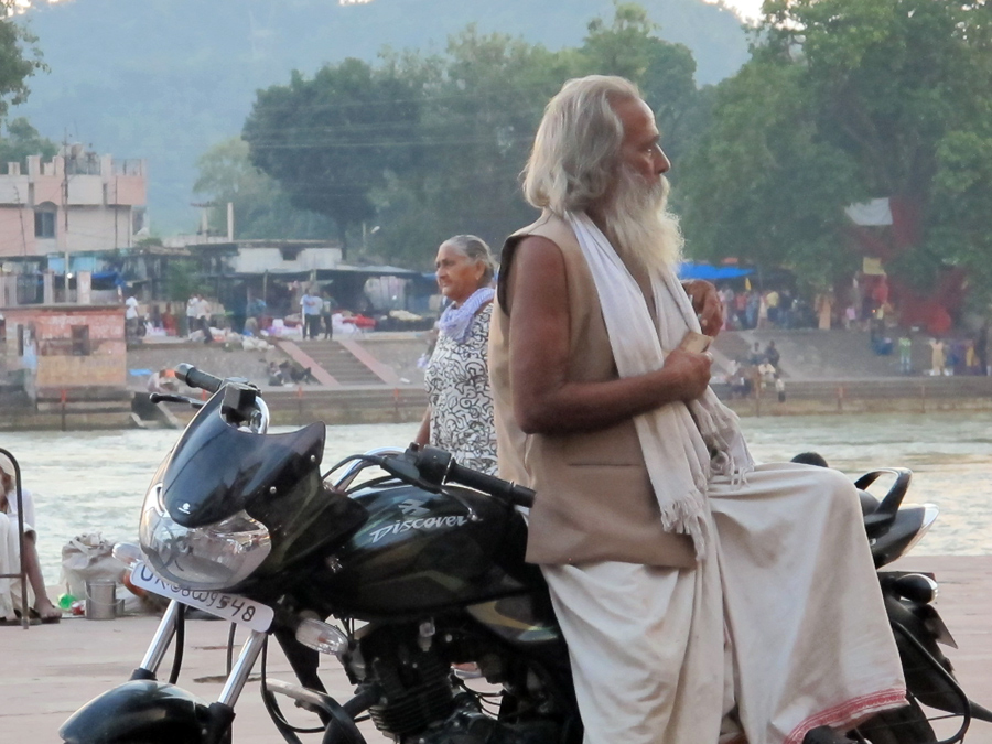 Life on the Har Ki Pairi ghat